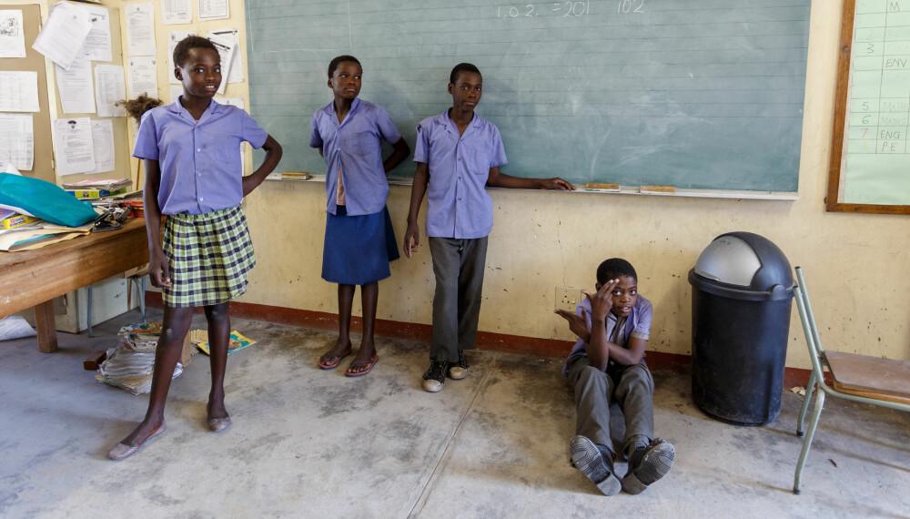 UTDANNING ER VIKTIG: Disse skolebarna i Kavango i Namibia får en sjanse til et liv ut av fattigdommen takket være at de får utdanning.