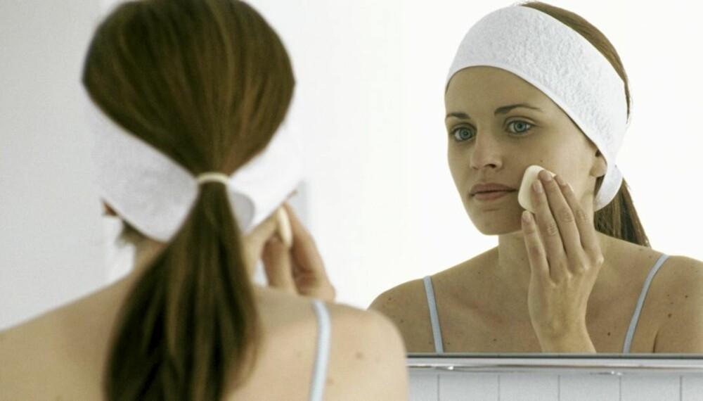 KJEMISK SONE: Bare i kosmetikk, hudpleiepreparater og vaskemidler finnes over 10.000 forskjellige syntetiske kjemikalier.