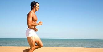 BAR OVERKROPP: Ved trening i høye temperaturer er det bedre å ta på seg enn å kle av seg. Med mindre hovedformålet er å bli brun.