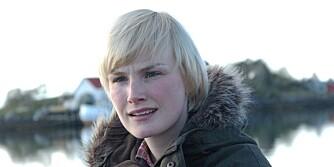 SPREK: Lena Kristin Ellingsen spiller Karoline på Ylvingen i NRK-serien Himmelblå. Hun sverger til spikermatte når hun har behov for å stresse ned.