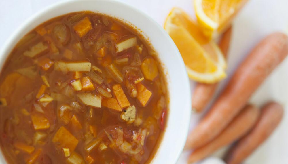 KALORIFATTIGE SUPPER: Disse suppene metter og kan få deg ned i vekt. FOTO: Anne Elisabeth Næss