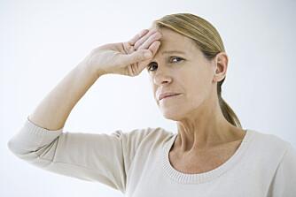 HJERNESLAG: Vanligvis er en hodepine ufarlig, men hvis du også mister evnen til å snakke, bør du kontakte lege.