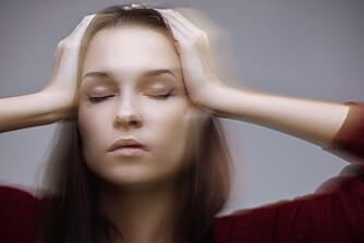 VANLIG: Svimmelhet er en vanlig årsak til legebesøk. Ekspertene sier det er viktig å få stilt en tidlig diagnose. Foto: Colourbox