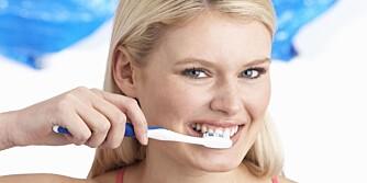FØR MATEN: Kanskje er det på tide å bytte en vane. Du bør nemlig alltid pusse tennene før frokost.