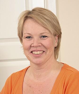 GIR HJELP: Sykepleier Christine Vatne. Foto: Bjørn Inge Karlsen, HM Foto