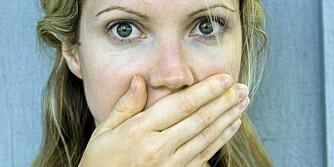 DÅRLIG ÅNDE? Lukten kan komme fra stoffer som skilles ut i utpusten fra lungene, men i hovedsak stammer problemet fra munnhulen.