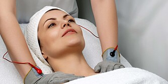 "KVASI-MEDISIN: Soneterapi og homeopati havner i samme kategori som massasje med elektriske hansker i boka ""Trick or treatment?""."