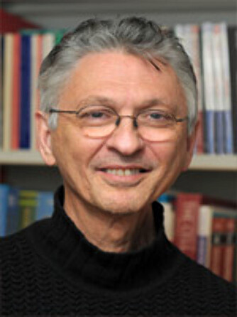 POSITIV: Professor i biokjemi ved UIO, Jan Oxholm Gordeladze, er positiv til den nye femdagers-dietten.