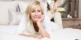 OVERGANGSALDEREN: De tidlige tegnene, som uregelmessig menstruasjon, oppstår vanligvis gjerne i slutten av 40-årene. De andre symptomene kommer noen få år senere: Hetetokter, nattesvette, dårlig søvn og tørrhet i skjeden er blant de aller vanligste.
