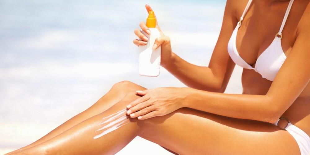 SJEKK MERKING: Sørg for at kremen din er godkjent for beskyttelse mot både UVA-stråler og UVB-stråler.
