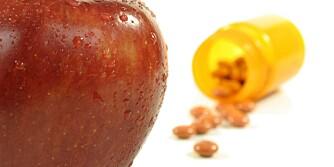 MEST EFFEKTIV: Du får større helsegevinst av å spise sunt og naturlig enn å ta kosttilskudd.