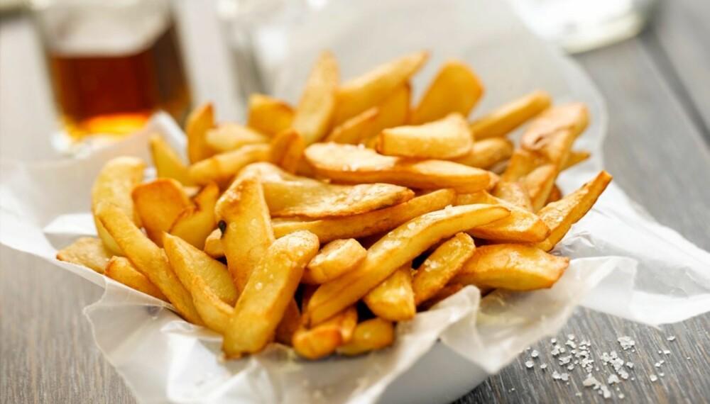 USUNT: En av de største kildene til transfett er frityrstekte produkter.