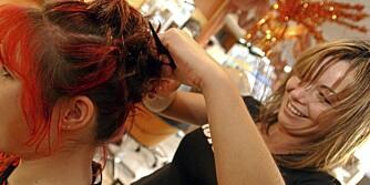 FEBER: Danske forskere har sett at mus reagerer på hårfargeprodukter som om de hadde en infeksjon.