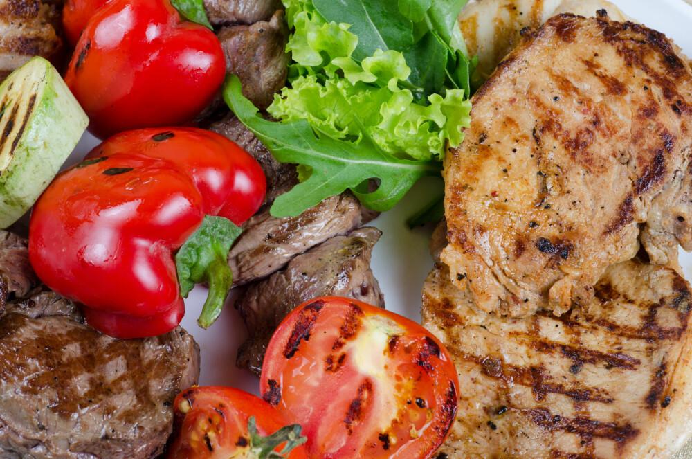 GODT SAMMENSATT: Pass på å fylle opp med proteiner og grønnsaker hvis du er sulten til middag.
