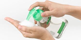 LITEN EFFEKT: Desinfeksjonsmiddel med skum dreper bare rundt 10 prosent av bakteriene.