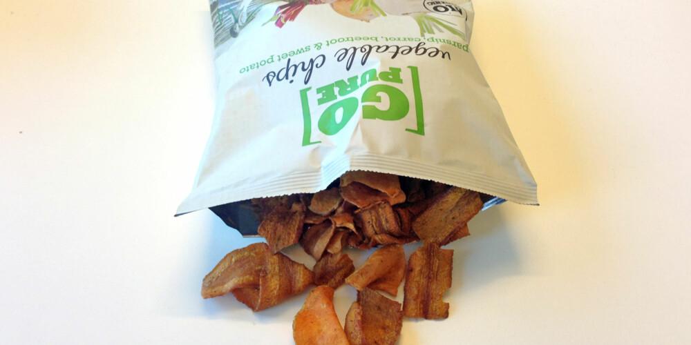 GRØNNSAKSCHIPS: Hvor sunn er egentlig denne i forhold til vanlig chips? FOTO: Jenny Mina Rødahl