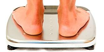 vekt veiing slanking slanke seg føtter på vekt
