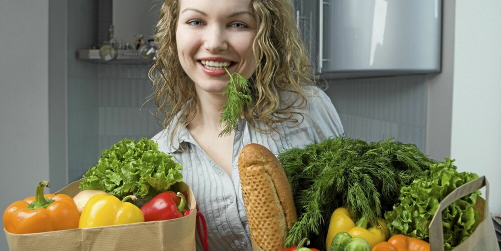 NOK FIBER: Hvis du spiser de anbefalte «fem om dagen», er du på god vei. Da anbefales tre grønnsaker og to frukt.