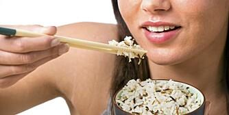 KROPPENS GODE HJELPER: Fiber, også kalt kroppens feiekost, har mange positive effekter på kroppen din. Produkter som tar lenger tid å koke, som for eksempel naturris, har alltid mer fiber, vitaminer og mineraler enn mer bearbeidede produkter.