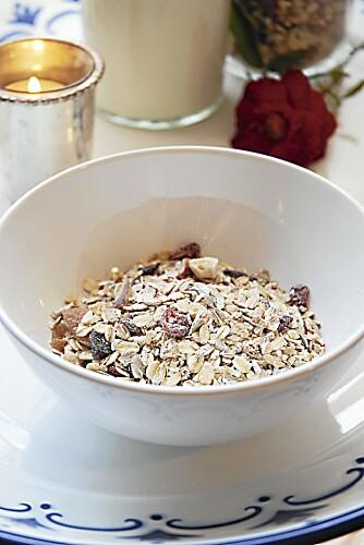 MÜSLI: Et alternativ til frokostblanding fra butikken, er å lage din egen müsli.