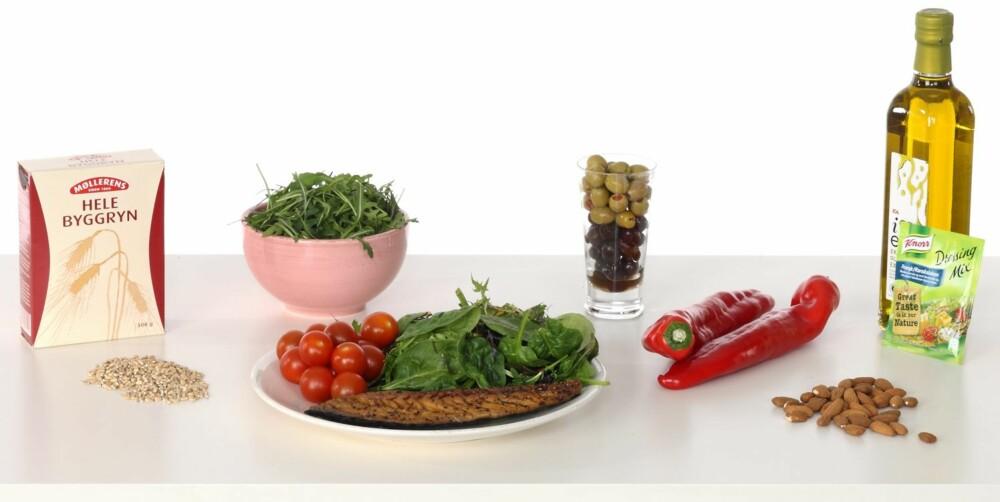 SPORTY MIDDAG 2: Lun salat med varmrøkt makrell.
