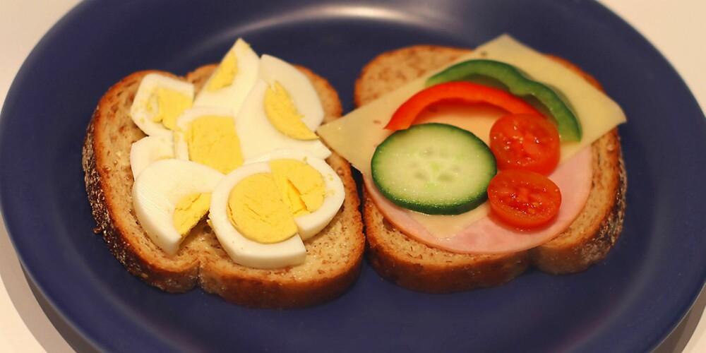 BRØDSKIVER: Egg er ypperlig til frokost! Det er en mettende vitaminbombe med kvalitetsprotein.