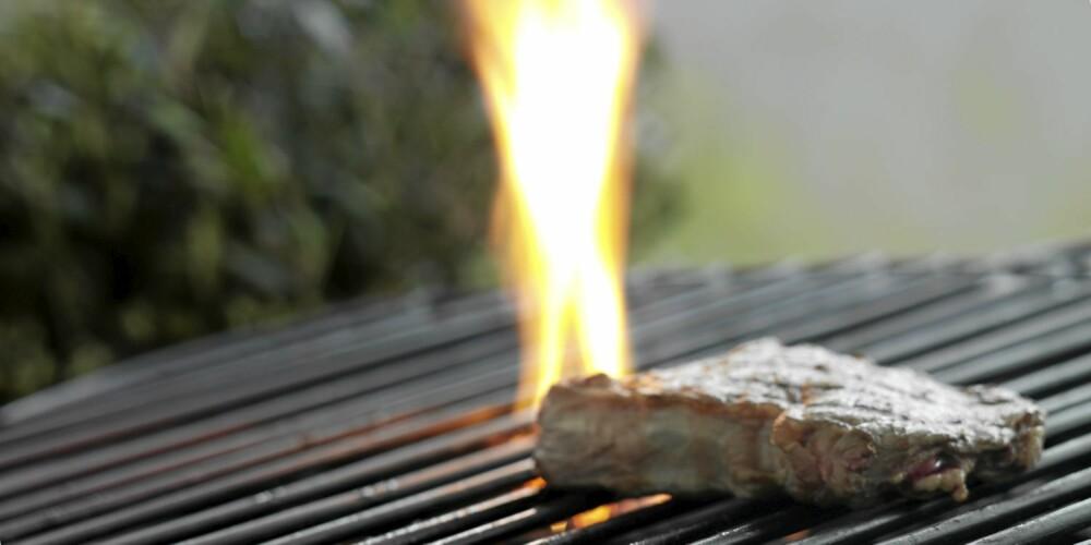 FARLIG: Mutagener oppstår når flammene brenner olje eller fett fra mat.