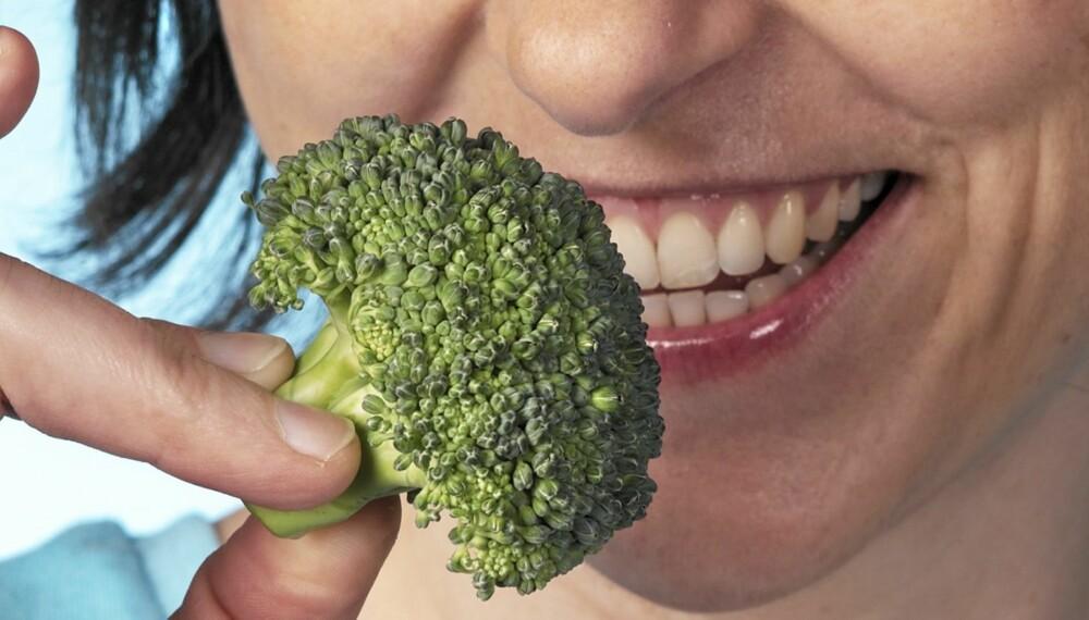 K-VITAMIN: Finnes i brokkoli og spinat.