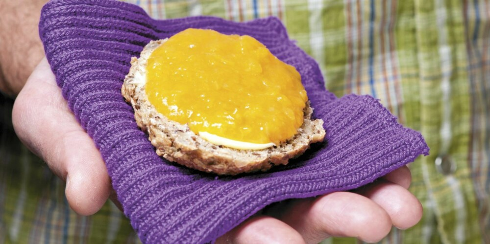GROVT: Grove rundstykker og aprikossyltetøy uten sukker.
