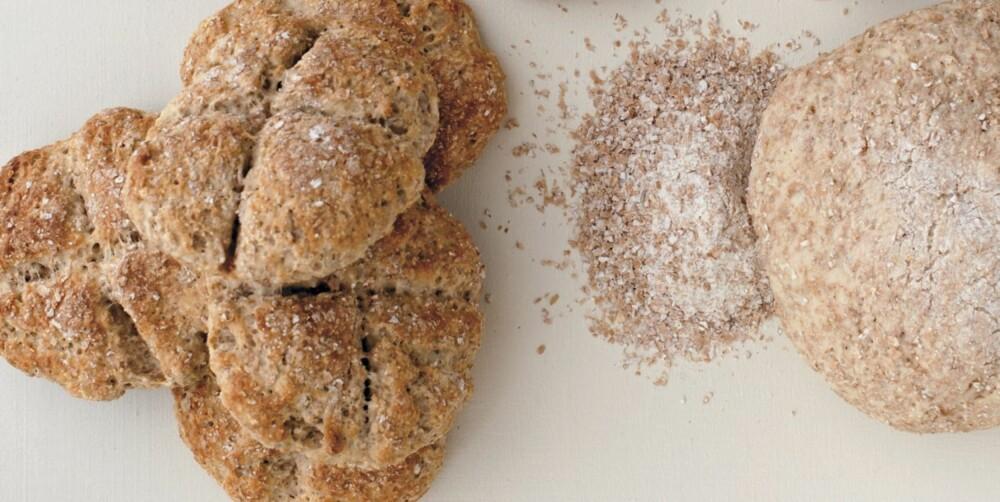 SCONES: Et godt alternativ til brød. Serveres med godt pålegg.