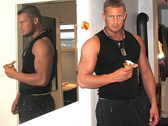 DOPET: 60 dager ut i kuren hadde Morten lagt på seg ti kilo muskler. Den 1,90 høye gutten har gått fra å være 78 kilo og slank til en 90,5 kilos muskelbunt.