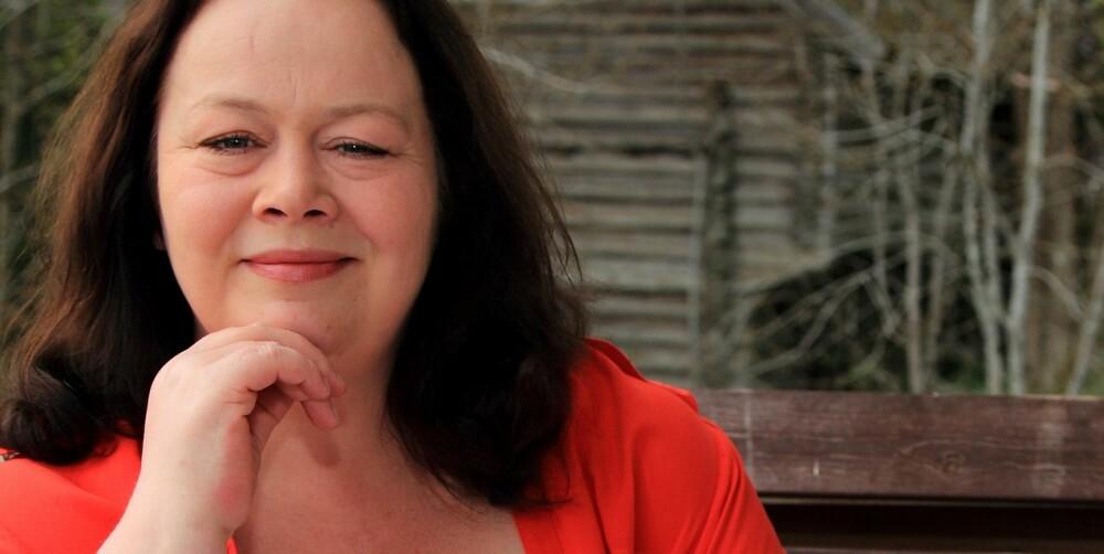 NYTT LIV: I dag stresser ikke Lena Beatrice Aronsson (40) med slanking, men går ned noen kilo nå og da - når hun føler seg klar for det.