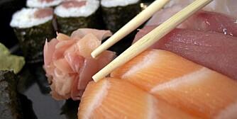 SUSHI: Et sunt sushimåltid inneholder både sashimi og nigiri eller maki.