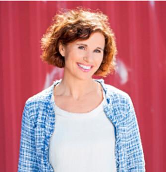 BRA: Ernæringsfysiolog Kari H. Bugge hos Grete Roede synes Volumetrics-dietten har mange bra sider. FOTO: Svein Brimi