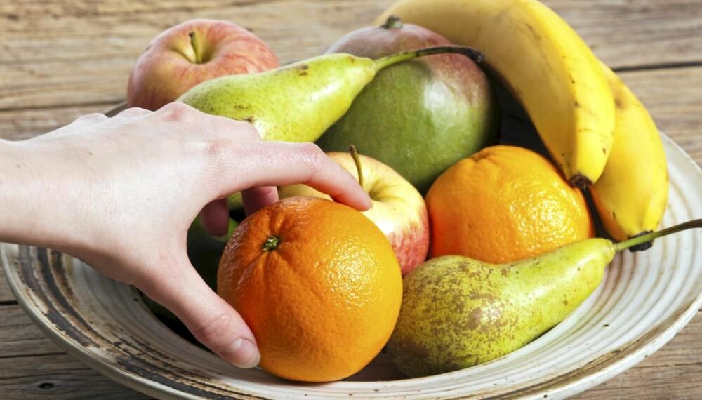 TO OM DAGEN: Frukt inneholder store mengder sukker. Derfor skal du ikke spise mer enn to om dagen. Illustrasjonsfoto: Colourbox.no.