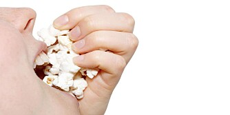SNACKS FORAN TV: Det er lett å hive nedpå kalorier uten at du er klar over det. ILLUSTRASJONSFOTO: Colourbox