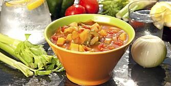 NAM-NAM: Vitaminrike grønnsaksupper er noe av det mest kalorifattige du kan spise.