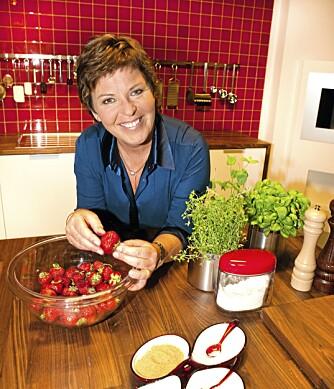 SPIS NORMALT: TV 2-kokk Wenche Andersen har tro på et normalt kosthold og daglige spaserturer.