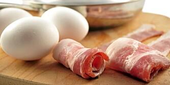 LAVKARBO-FROKOST: Egg og bacon har lite karbohydrater, mye protein og mye fett.