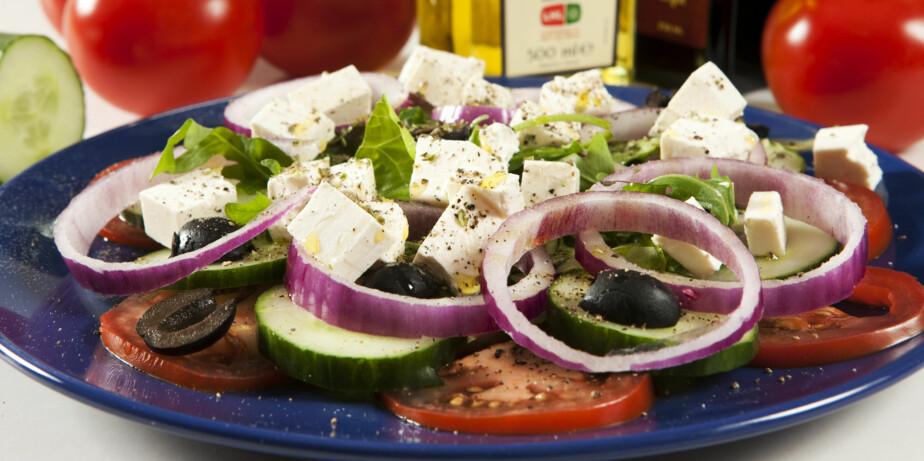 LUNSJ: Gresk salat med oliven er godt og mettende til lunsj.