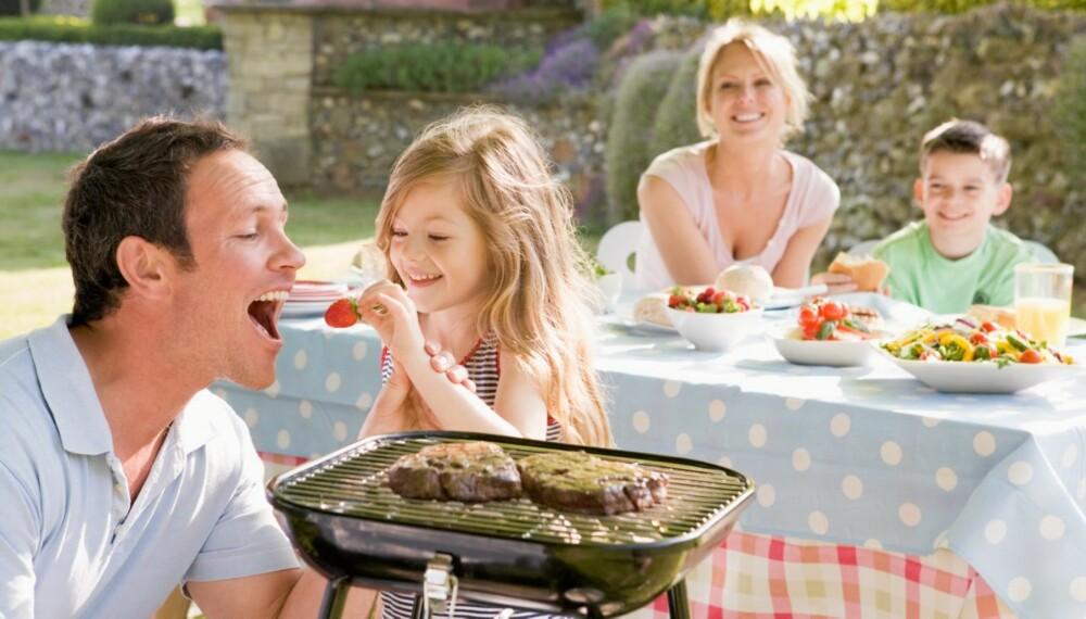 DIETT: Tilbehøret til grillmaten er viktig når du går på lavkarbo.