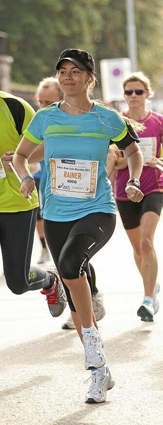 I HARDTRENING: Marion legger vekt på trening og et sunt kosthold. Her under Oslo Maraton i september.
