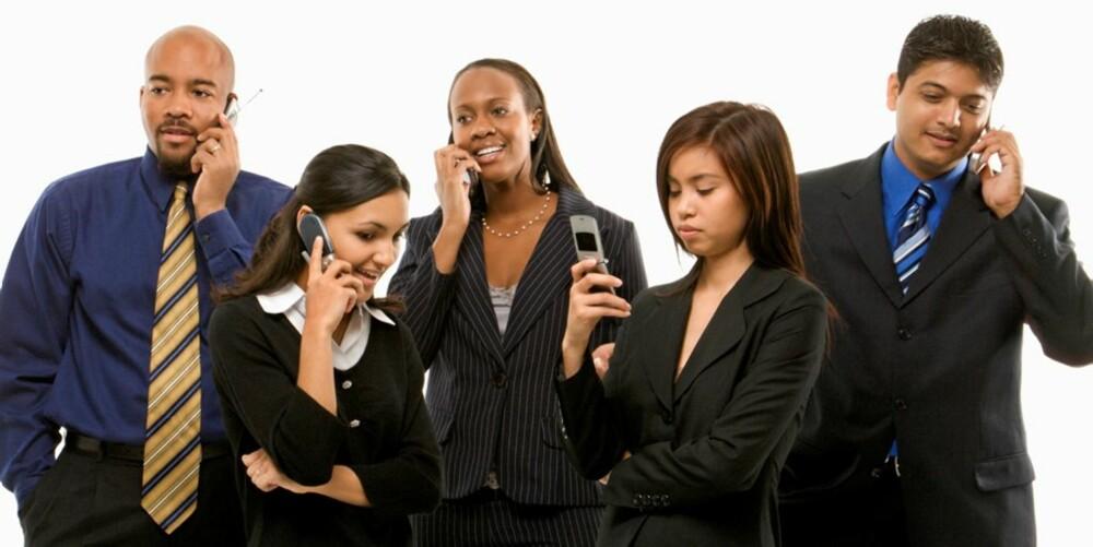 LYTT: Hvis du blir en bedre lytter i stede for å snakke selv hele tiden, kan du lære mye mer.