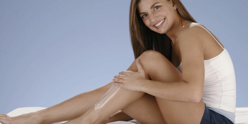 TØRR: Huden på kroppen er gjerne tørrere enn huden i ansiktet, og trenger derfor en krem som passer til dette.