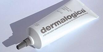 ANDRE SPESIALPRODUKTER: Dermalogicas gode produkter mot akne omfatter Ultrasalming Cleanser, Daily Microfoliant, Medicated Clearing Gel (forebygger uten å tørke), Anti-bac cooling Mask (ved betent hud), Skin Smoothing Cream (tilfører nok fuktighet), Redness Relief (førststehjelp ved voksenakne). Selges i hudpleiesalonger.