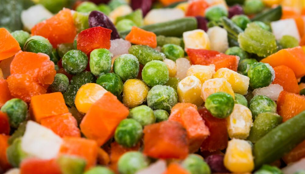 FROSNE GRØNNSAKER: Tre av fire nordmenn foretrekker norskdyrkede grønnsaker, men en ny undersøkelse viser at de fleste av oss kjøper importerte grønnsaker i vinterhalvåret.