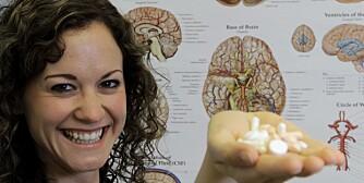 PLACEBO: Forsker og stipendiat ved Universitetet i Tromsø, June T Forsberg, undersøker placeboeffekten hos pasienter som har hatt langvarige smerter.