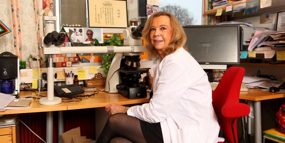 REVOLUSJON: - De siste 40-50 årene har det skjedd en enorm utvikling, nærmest en revolusjon i billeddiagnostikk, dvs alle typer røntgenundersøkelser som ultralyd, vanlig røntgen, MR,CT,PET - og disse teknikkene kan også benyttes ved undersøkelse av avdøde. Ved såkalt virtuell obduksjon, sier Borghild Roald, professor ved Universitetet i Oslo seksjonsoverlege ved Avdeling for Patologi.