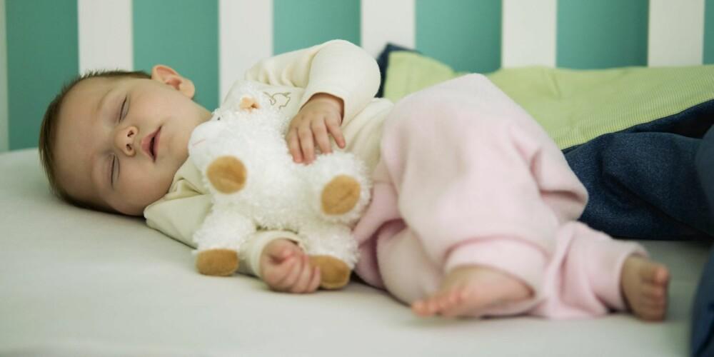 BABY OG SØVN: Hvor tidlig man kan oppdage om de nyfødte er A- eller B-mennesker er usikkert.