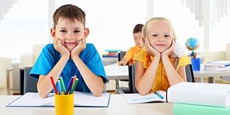 SKOLEKAMERATER: Som barn får vi oss lettere venner. Skolen og lekeplassen er arenaer der vennskaps vokser.